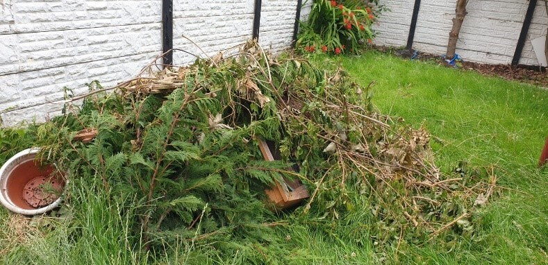 garden waste removal warrington